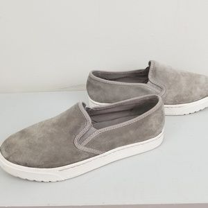 Sorel womens slip on sneakers suade gray 7.5M